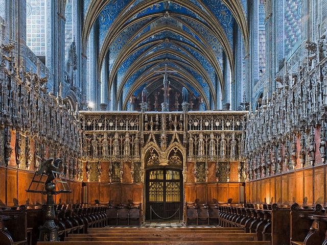 640px-Albi_cathedral_-_choir_and_choir_screen