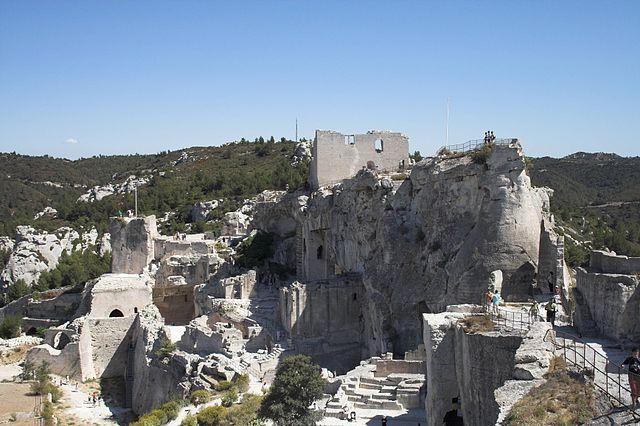 640px-Les_Baux_de_Provence_FRA_002
