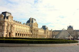 musee_dlouvre_paris_france